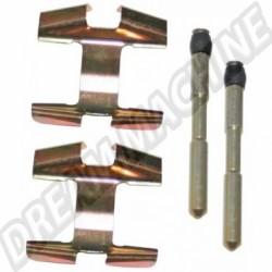 111698151AKIT kit montage plaquettes de freins réf 77000 8/65-7/71 (inclus 1302)