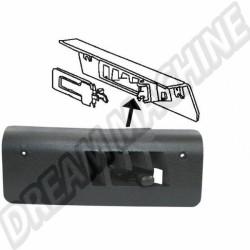 Cache plastique noir de sortie de chauffage du longeron gauche 69-77