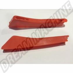 111953601  Cabochon de flèche orange, l'unité