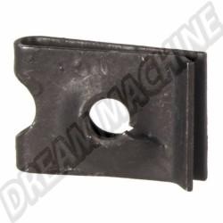 Clip de boitier  d'air coffre avant 68--> N0154222