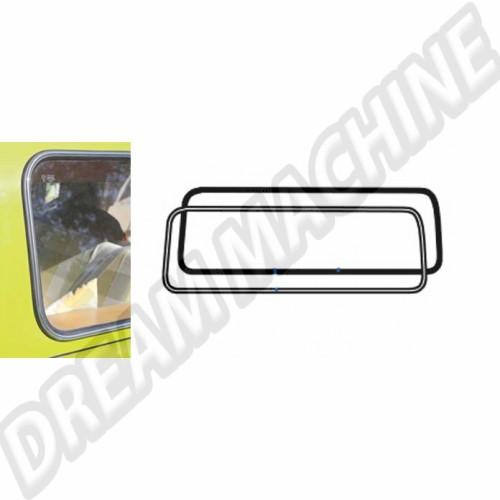 Joint de lunette ar avec emplacement moulure T2 68-->79 241845521DT Sur www.dream-machine.fr