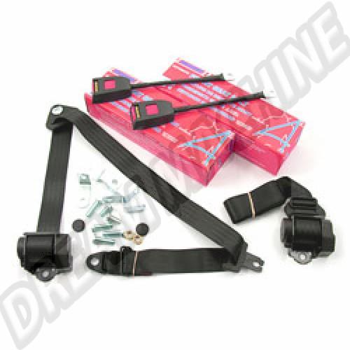 Kit 2 ceintures de sécurité avant à enrouleur. de couleur noire. Ces ceintures sont homologuées. normes CE 111898149AK Sur www.dream-machine.fr