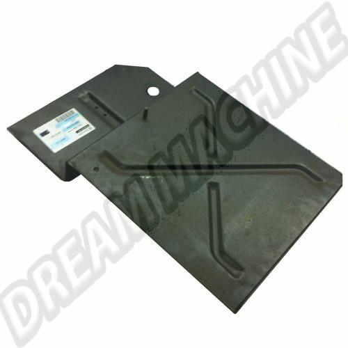 Tôle de réparation sous batterie avant droit T25 80-92  251801282 Sur www.dream-machine.fr