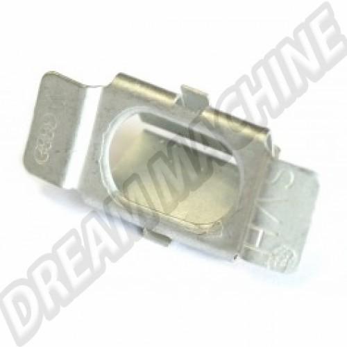 Clip sur caisse de fixation de calandre avant Transporter 251853696 Sur www.dream-machine.fr