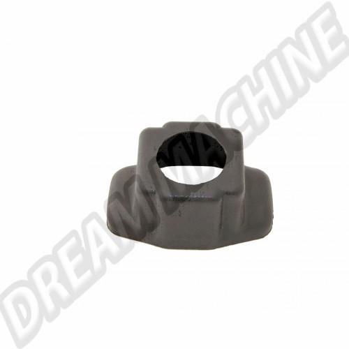 Embase platique noir pour levier de vitesse Trigger Empi AC71144506 Sur www.dream-machine.fr